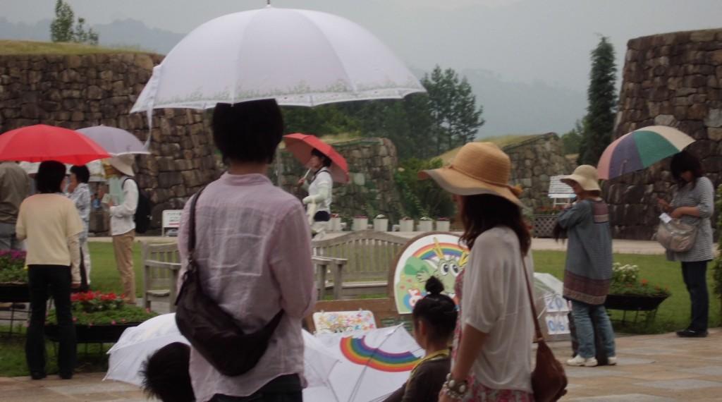 傘の貸し出しサービス(国営讃岐まんのう公園)