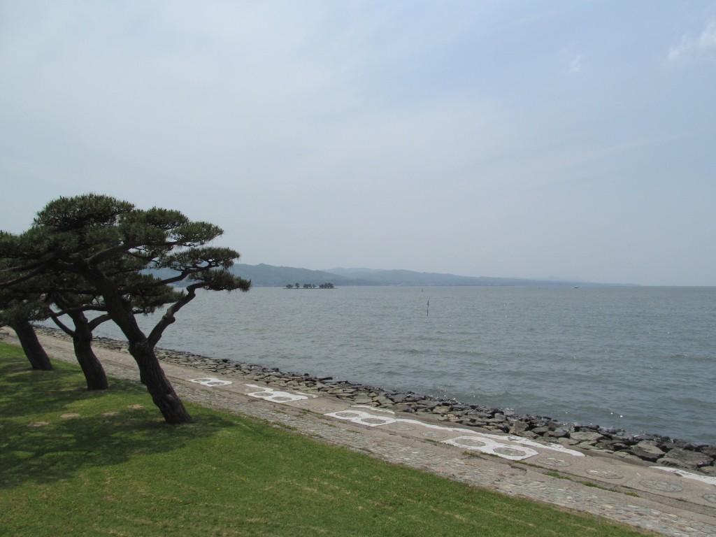 公園から望む宍道湖
