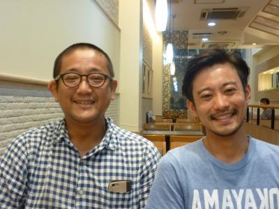 満月BARプロデューサーの池田さん(左)と武田さん