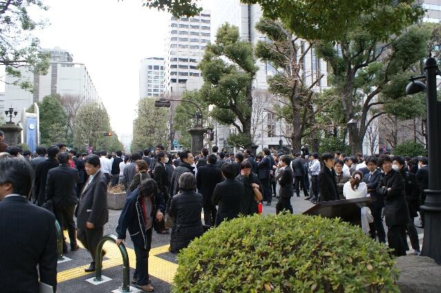 東日本大震災直後の日比谷公園