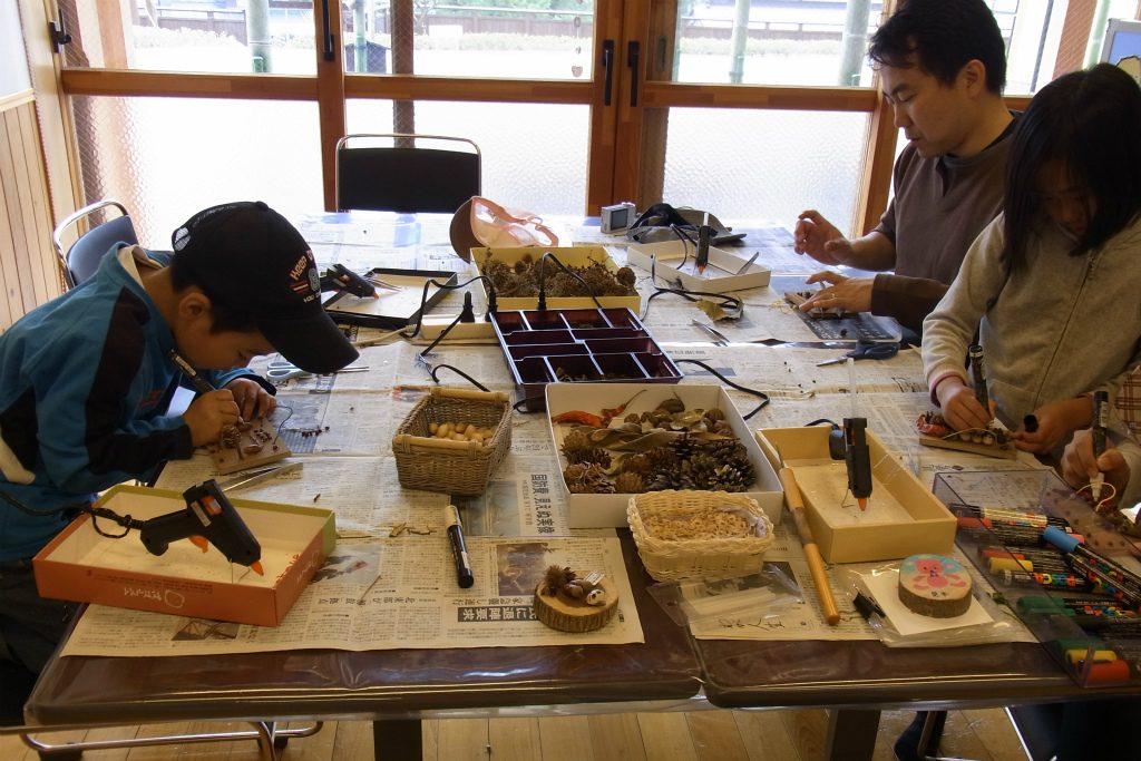 津久井湖城山公園等に常設されているクラフト教室