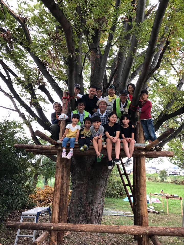 2カ月に1回のペースで開催している<あまプレーパークの会>でのツリーハウス(あまプレーパークの会)。